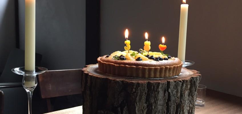 バースデーケーキ台